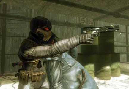 Vienintelė priežastis dėl kurios Veslis taip prisirišęs prie ginklo, galėjo būti jo savybės. Ir, galbūt, tiuningas. Kaip buvo Hitman'e. Aišku, to irgi nėra.